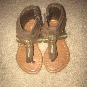 Other - Izzy Kids Thong Sandals